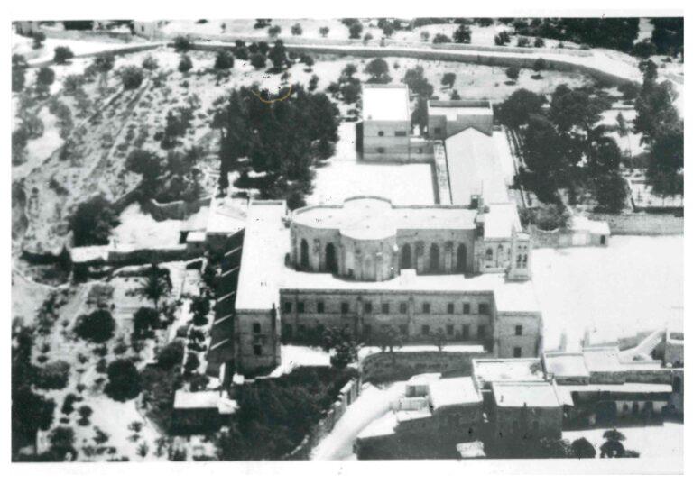 صورة جوية للمعهد الإكليريكي وكنيسة سيدة البشارة عام 1953
